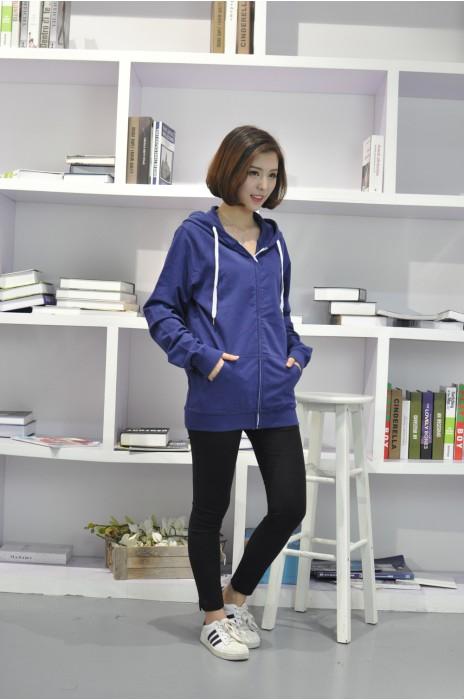 Z289  製作純色衛衣外套 模特展示 真人試穿效果  訂購時尚衛衣外套  衛衣外套供應商   衛衣外套hk中心