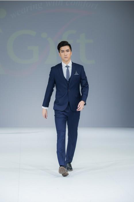 BS360 設計修身男西裝套裝 真人示範  模特走秀 網上下單男西裝  來樣訂造西裝 西裝專門店