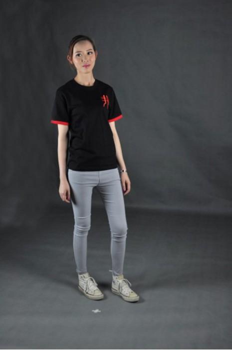 T531 網上訂造班tee   真人試穿 模特示範 自製t-shirt   訂購環保T恤設計   T恤製造商HK