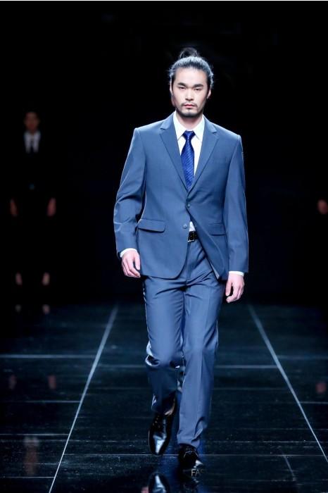 MDBS006 真人試穿效果男西裝 供應商務正裝西裝 模特示範 男西裝製衣廠