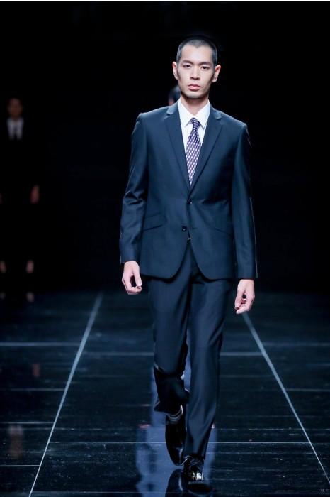MDBS007  模特走秀男西裝 網上下單黑色西裝  真人示範男西裝 西裝專門店