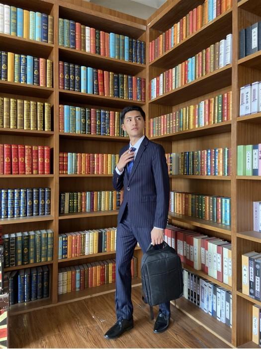 BD-MO-061  大量訂做條紋男西裝  設計商務單排釦男西裝  真人試穿效果 男西裝中心