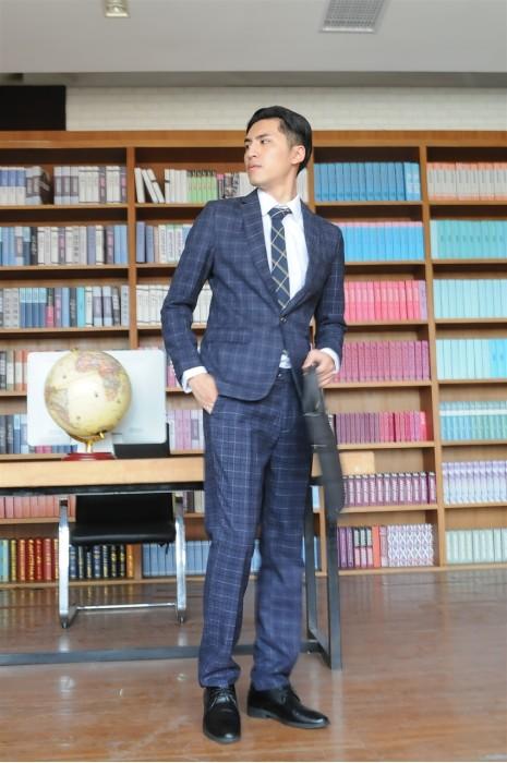BD-MO-066  個人設計男西裝  訂造英倫風商務男西裝 模特試穿  男西裝專門店