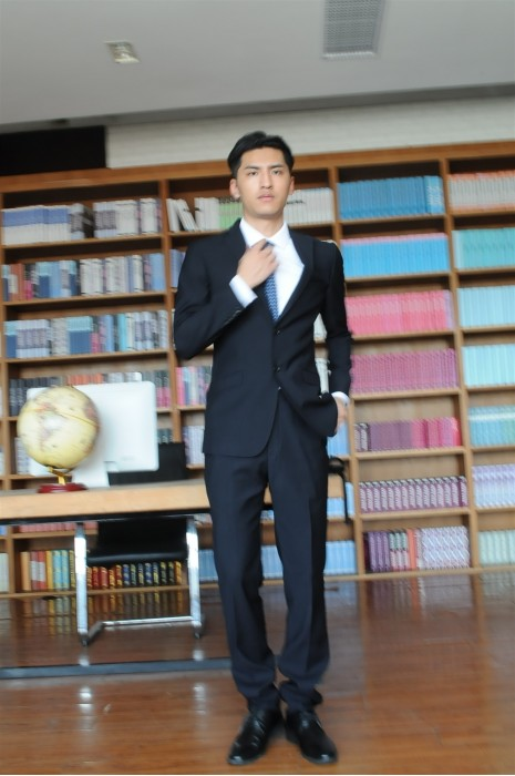 BD-MO-067  訂造職業西裝   度身訂造男西裝套裝 真人試穿效果  男西裝製造商
