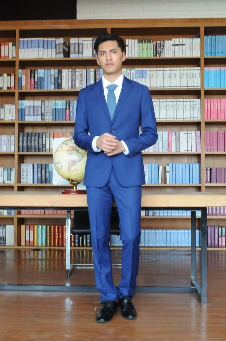 BD-MO-068  個人設計男西裝  訂造男西裝  模特試穿 真人試穿效果  男西裝供應商