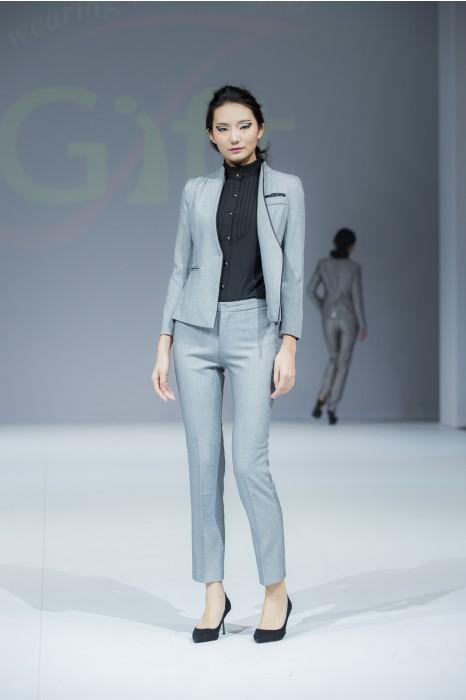 BWS079 設計修身女西裝  模特走秀 真人示範 供應辦公室女職裝  度身訂造女西裝 女西裝製造商