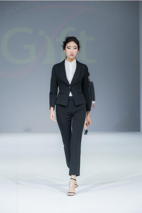 BWS087 來樣訂造女西裝  真人展示 模特展示 網上下單女西裝  女西裝製造商