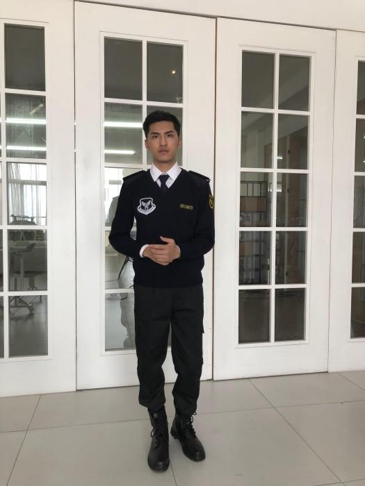 BD-MO-019  訂做時尚男士保安制服   設計肩帶肩章 胸章   真人試穿  模特示範   保安制服設計公司