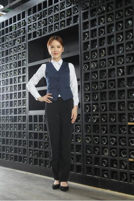 MDCU028 訂做女裝賭場制服 模特試穿 真人展示 藍色修腰 度身訂做 賭場制服專門店