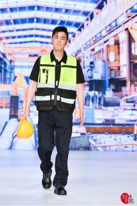MDD003 男款真人試穿反光背心 模特示範安全背心 工業制服專門店